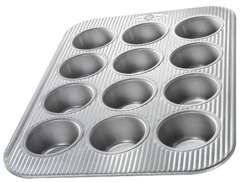 Bakeware Cupcake and Muffin Nonstick Pan USA from Aluminized Steel