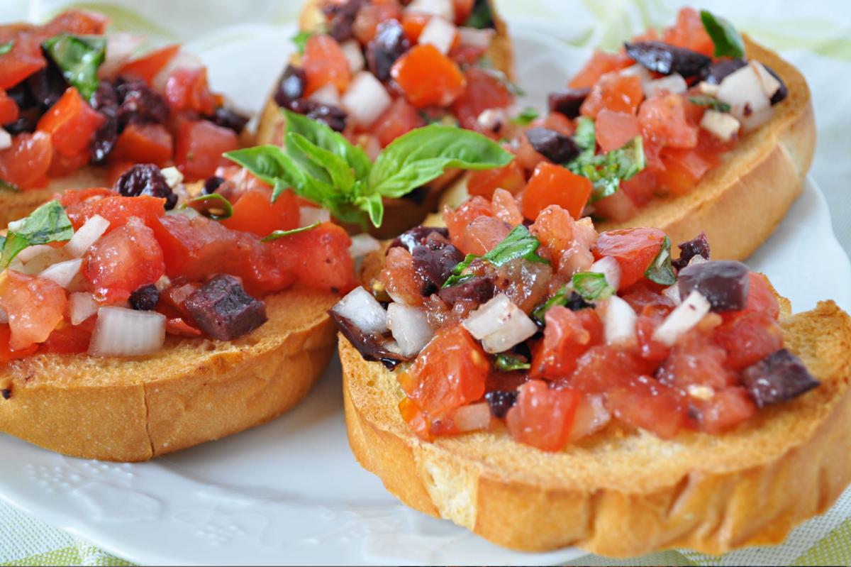 Best Bruschetta Recipe You Can T Be Without Tomato Bruschetta Recipe